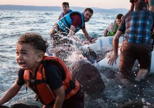 refugee-crisis-boat-670x473